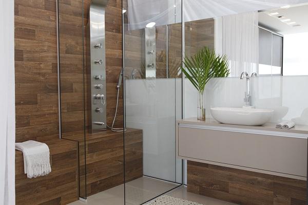 decoracao banheiro jovem : decoracao banheiro jovem:Banheiro idealizado pela DUOCASA , reúne o rústico e o moderno. A